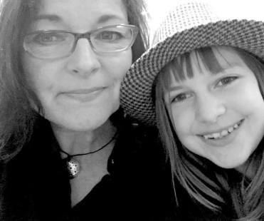 Ruth and her daughter on set for Dead Files